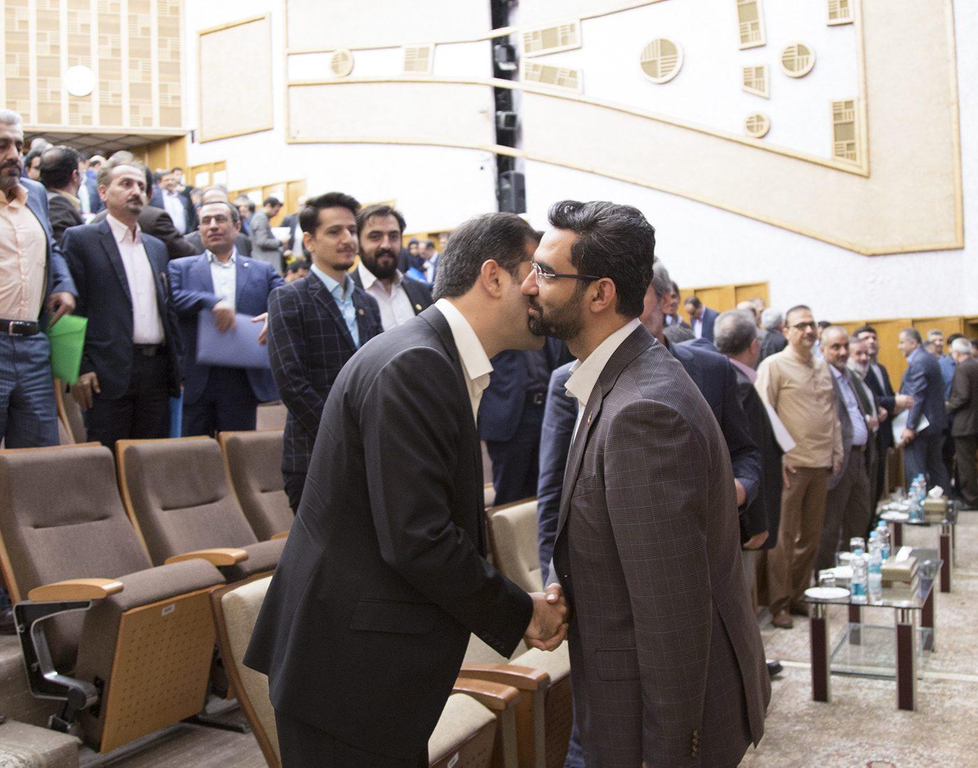 شامی زنجانی و آذری جهرمی